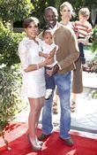 Sean Patrick Thomas and family