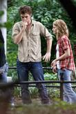 Emilie de Ravin and Robert Pattinson