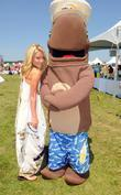 Kelly Ripa and Fudgie The Whale