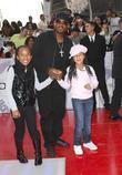 Martin Lawrence and his daughters