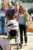 Tobey Maguire, Ruby Maguire, Jennifer Meyer and Otis Maguire