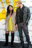 Kellan Lutz, Ashley Greene Meet, Sign Autographs At Nordstrom and Hot Topic 'the Twilight Saga: New Moon' Cast Tour