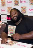 Wwe Superstar Mark Henry Meets Fans