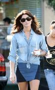 Ashley Greene leaving Pinkberry after gettting a frozen...