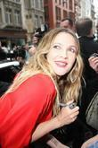Drew Barrymore leaving the Apple store in Central...