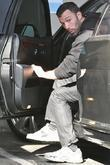 Ben Affleck picks up his daughter from her...