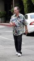Brian Wilson out for lunch at Beverly Glen...