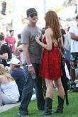 'American Pie' star Chris Klein gets cozy with...