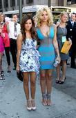 Ashley Tisdale, Alyson Michalka, Madison Square Garden