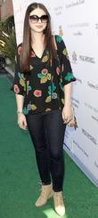 Michelle Trachtenberg and Uniting Nations