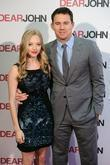 Amanda Seyfried and Channing Tatum Dear John -...