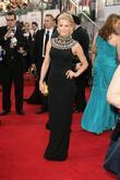 Julianne Hough, Golden Globe Awards