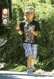 Kingston Rossdale goes to a friends birthday party in Los Angeles