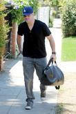 Mike Comrie arriving at his personal trainer's house...
