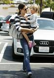 Jennifer Garner, Her Daughter Violet Anne Shopping At The Market In Brentwood and Ca.