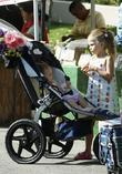 Jennifer Garner shopping with daughters Violet Anne and...