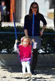 Jennifer Garner and daughter Violet Affleck