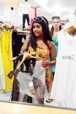 Nicole Snooki Polizzi Goes Shopping In South Beach