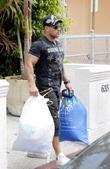 Ronnie Ortiz-Magro carrying his dirty clothes on his way to a laundromat in South Beach