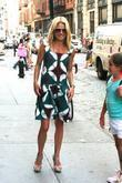 Kelly Ripa runs errands with her children in...