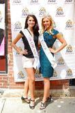 Miss Chicago and Miss Illinois The World's Largest...
