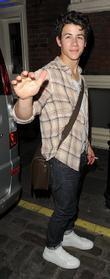 Nick Jonas, Les Miserables, Queen