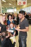 Peter Andre and Some Fans