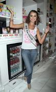 Stefania Fernandez and Las Vegas