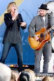 Jennifer Nettles and Kristian Bush