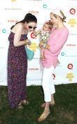 Michelle Trachtenberg and Kelly Rutherford