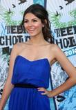 Victoria Justice and Teen Choice Awards
