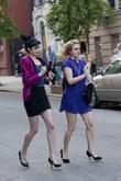 alicia silverstone and krysten ritter on the set of