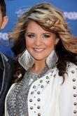 Lauren Alaina The 2011 American Idol Finale at...