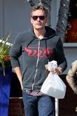 Balthazar Getty leaving Fred Segal with a shopping...