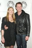 Anna Torv and John Noble
