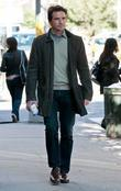 Matthew Settle  on location for 'Gossip Girl'...