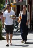 A pregnant Jessica Alba grabs some refreshments with...
