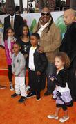 Steven Wonder and children