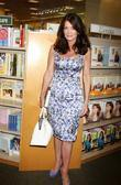 Lisa Vanderpump La Toya Jackson signs copies of...