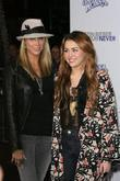 Miley Cyrus, Justin Bieber and Tish Cyrus