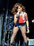 Rihanna, V Festival