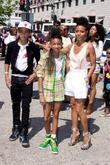 Jaden Smith, Jada Pinkett-smith and Willow Smith