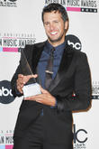 The, Anniversary American Music Awards, Nokia Theatre L., A. Live, Pressroom and American Music Awards