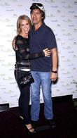 Cheryl Hines and Ray Romano