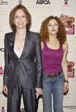 Mary Tyler Moore, Bernadette Peters