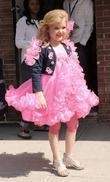 Toddlers and Tiaras star Eden Wood leaving the...