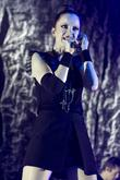 shirley manson of garbage performs live in concert