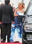 Sarah Michelle Gellar, Golden Globe Awards and Beverly Hilton Hotel
