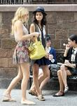blake lively filming on the set of gossip girls wit