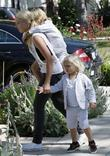 Kingston and Zuma Rossdale arrive at Gwen's parents...
